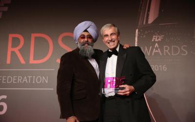 Dr Gordon Wiseman Wins FDF Food Scientist of the year 2016